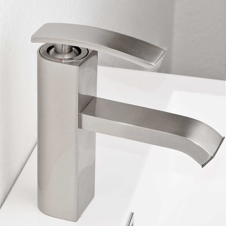 CBI M11001 081b Ouli Single Hole Bathroom Faucet In Brushed Nickel.