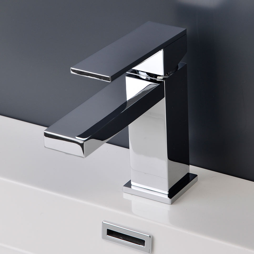 Cbi Athena Single Hole Bathroom Faucet In Chrome Cl