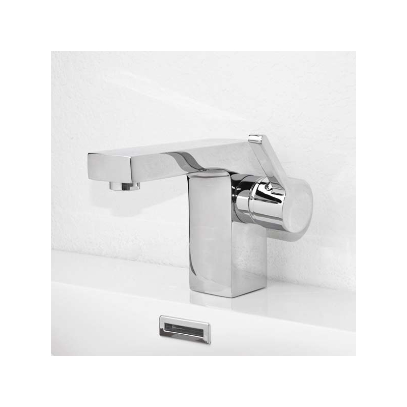 CBI Brette Single Hole Bathroom Faucet in Chrome M11048-083C